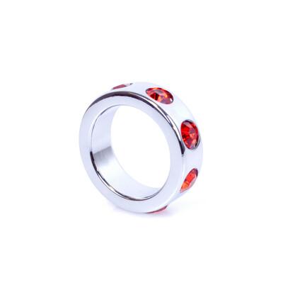 Boss Series Metal Cock Ring With Red Diamonds Small - metalowy pierścień erekcyjny, zdobiony
